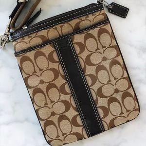 Coach Kitt Crossbody / Messenger Bag